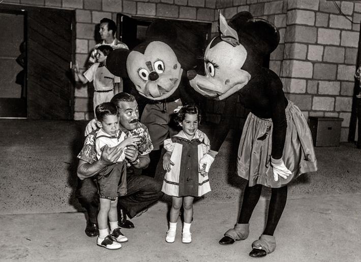 1955年のミッキーとミニー
