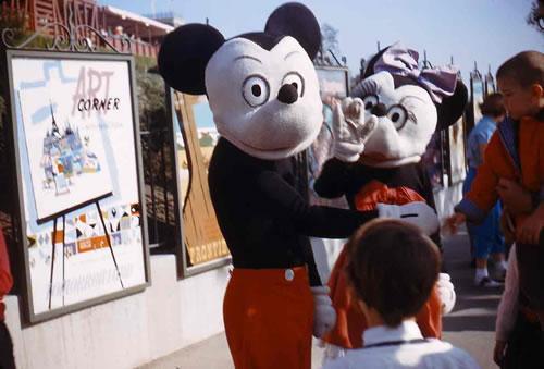 1959年のミッキーとミニー