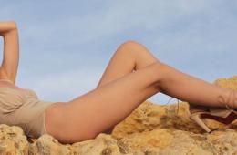 世界一脚の長い女性