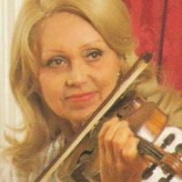 ローラ・ボベスコ