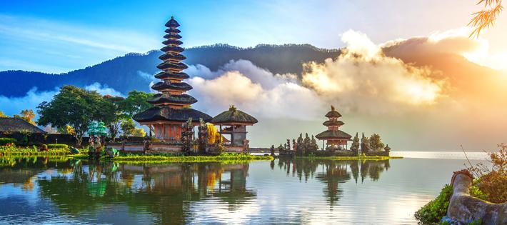 インドネシアの平均月給