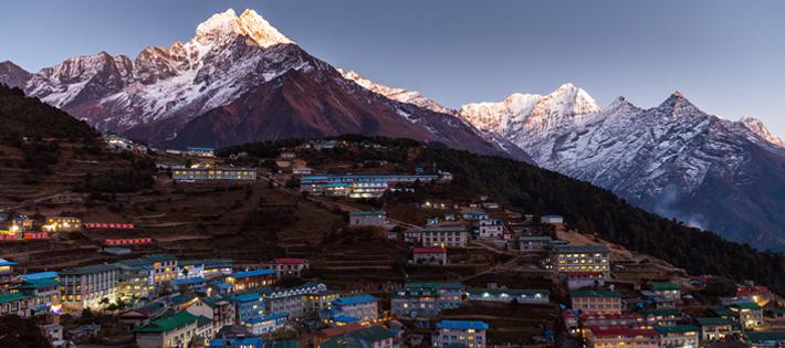 ネパールの平均月給