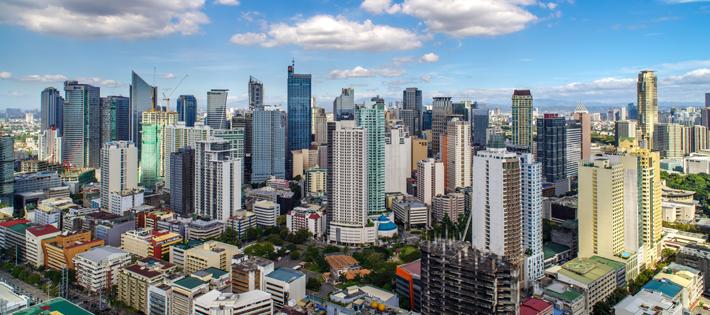 フィリピンの平均月給