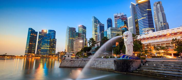 シンガポールの平均月給