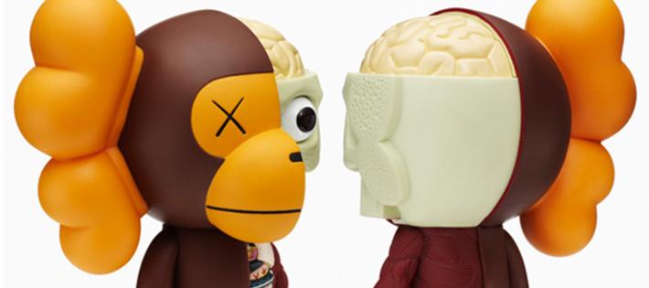 apeとkaws